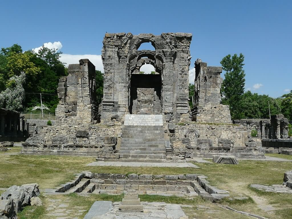 2740-martand-sun-temple-in-jammu-and-kashmir